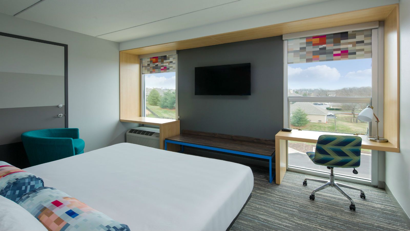 Louisville Accommodations - Aloft King Room